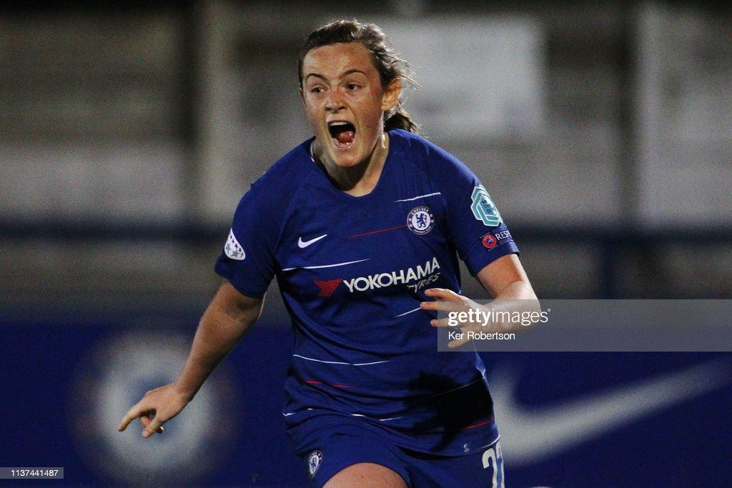 Chelsea Women v Paris Saint-Germain Women - UEFA Women's Champions League: Quarter Final First Leg : Fotografía de noticias