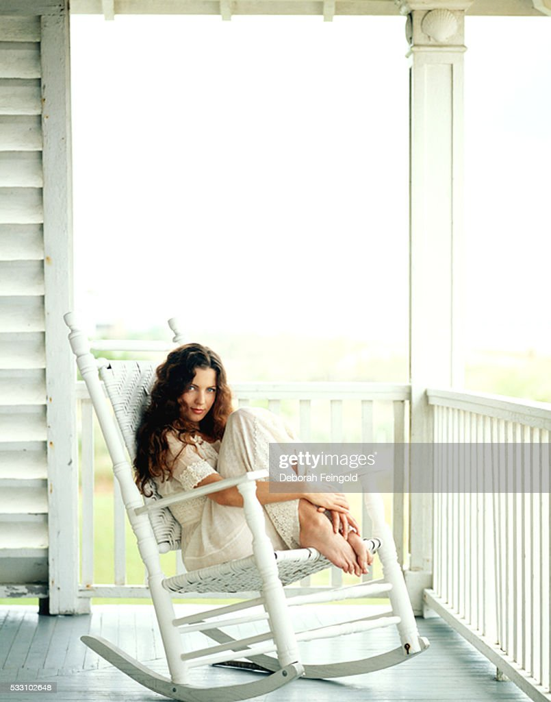 Erin Everly in Rocking Chair : News Photo