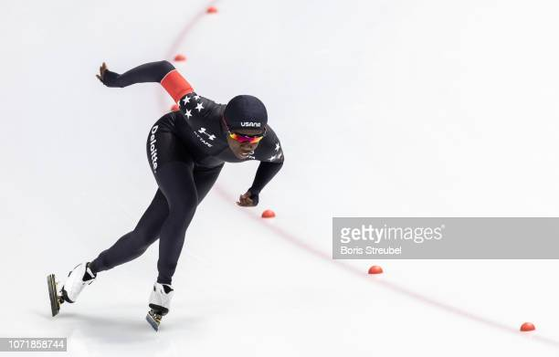 Erin Jackson of the United States competes in the Women's 500m 2nd Division A race on day two of the ISU World Cup Speed Skating at Tomaszow...