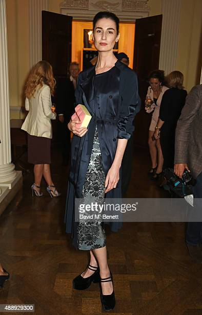 Erin O'Connor attends the London Fashion Week party hosted by Ambassador Matthew Barzun and Mrs Brooke Brown Barzun with Alexandra Shulman in...