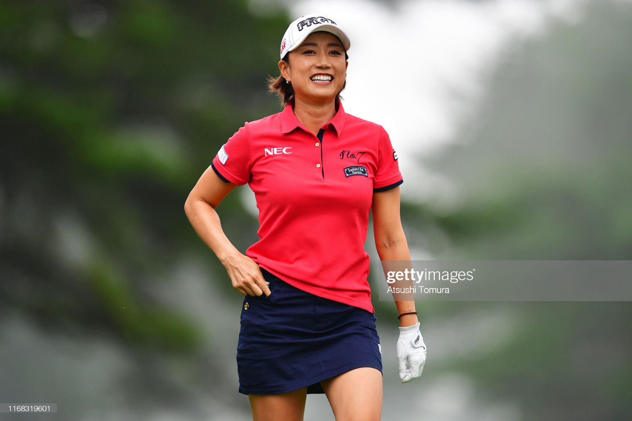 https://media.gettyimages.com/photos/erina-hara-of-japan-smiles-after-her-tee-shot-on-the-4th-hole-during-picture-id1168319601?s=2048x2048