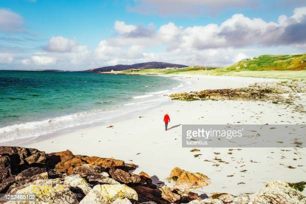 eriskay beach stroll, south uist, scotland - western isles stock pictures, royalty-free photos & images