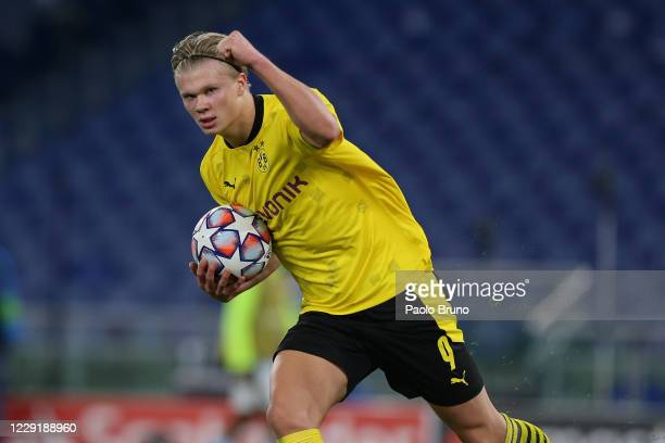 Erling Braut Haaland of Borussia Dortmund celebrates after scoring the team's first goal during the UEFA Champions League Group F stage match between...