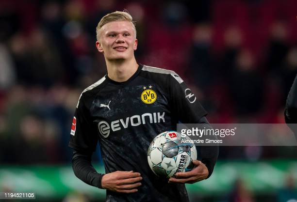 Erling Braut Haaland of Borussia Dortmund celebrates the win after the final whistle during the Bundesliga match between FC Augsburg and Borussia...