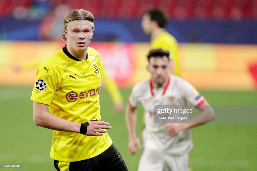 Sevilla v Borussia Dortmund - UEFA Champions League : News Photo