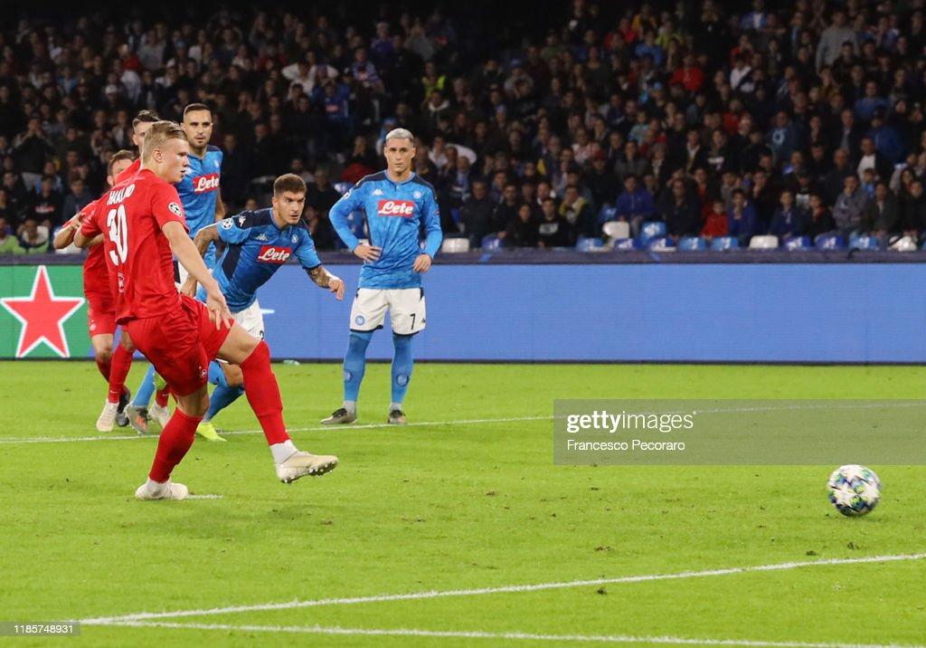 SSC Napoli v RB Salzburg: Group E - UEFA Champions League : News Photo