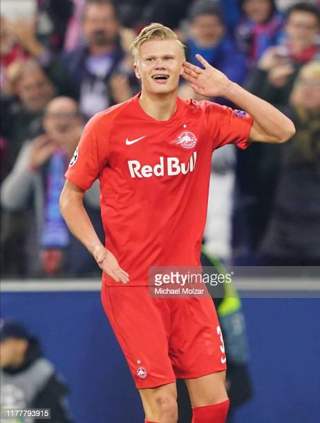 Erling Braut Haaland of Salzburg celebrates his second goal to tie the game during the Group E UEFA Champions League match between Red Bull Salzburg...