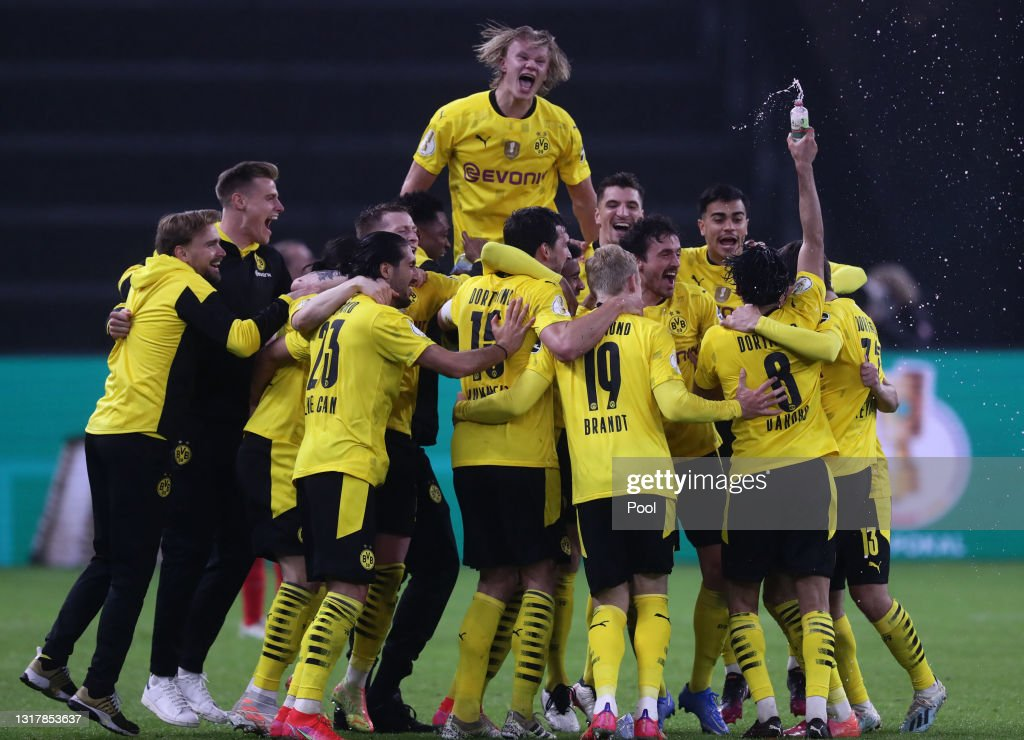 RB Leipzig v Borussia Dortmund - DFB Cup Final 2021 : News Photo