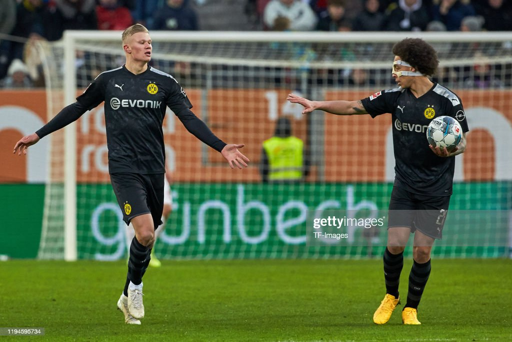 FC Augsburg v Borussia Dortmund - Bundesliga : News Photo