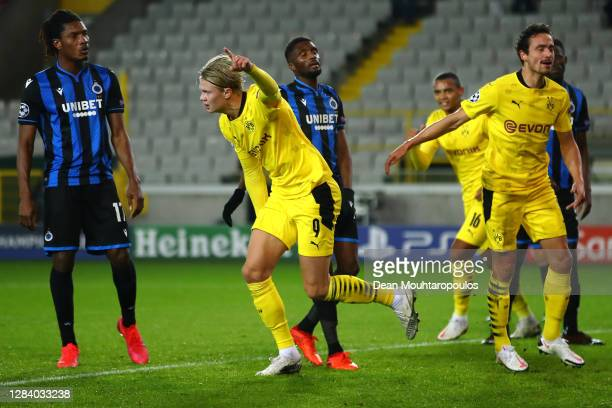 Erling Haaland of Borussia Dortmund celebrates scoring his teams third goal of the game during the UEFA Champions League Group F stage match between...