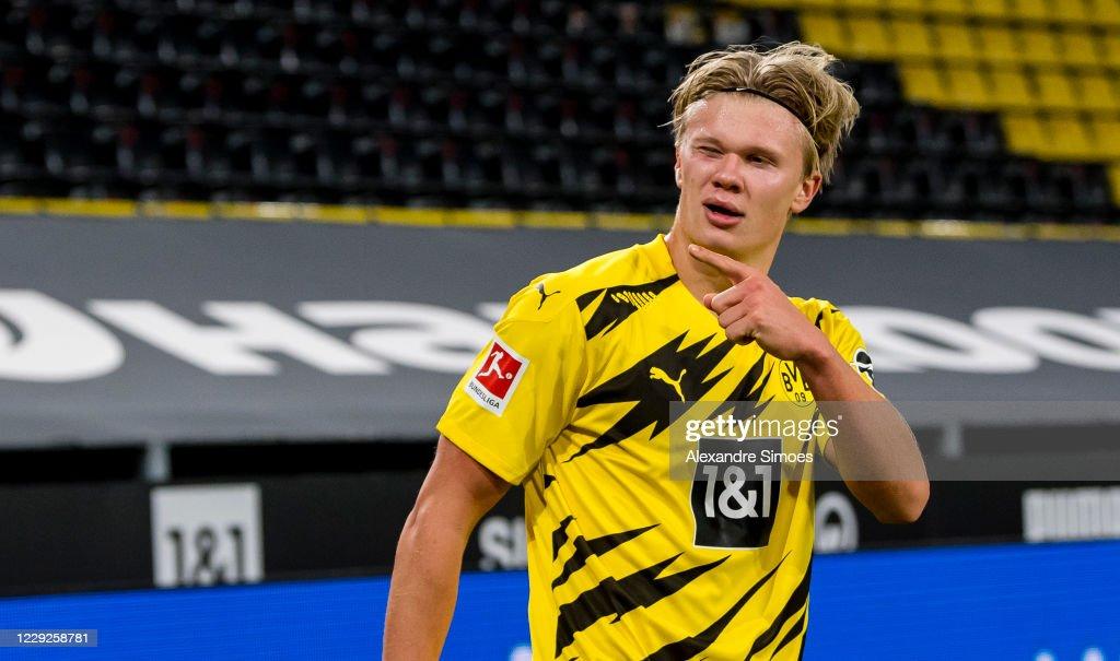 Borussia Dortmund v FC Schalke 04 - Bundesliga : News Photo
