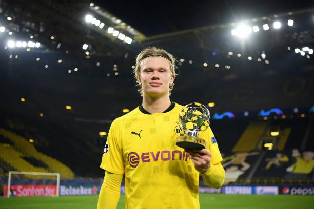 DEU: Borussia Dortmund v Sevilla FC  - UEFA Champions League Round Of 16 Leg Two