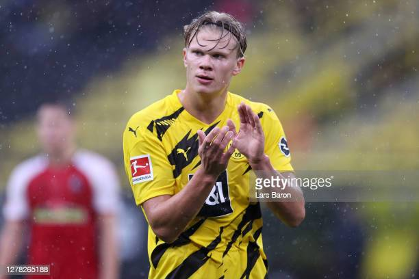 Erling Haaland of Borussia Dortmund reacts during the Bundesliga match between Borussia Dortmund and Sport-Club Freiburg at Signal Iduna Park on...