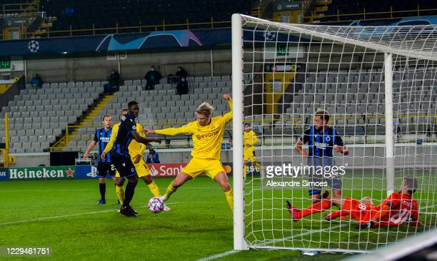 Erling Haaland of Borussia Dortmund scores a goal to make it 0:2 during the Champions League match between Club Brugge KV and Borussia Dortmund at...
