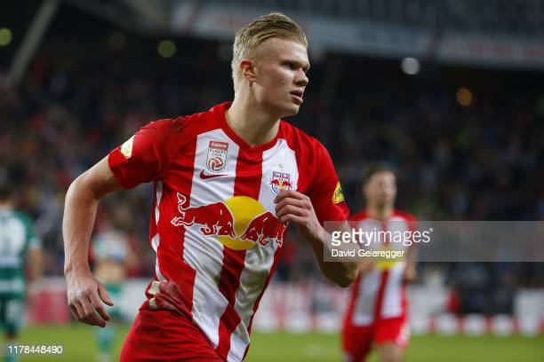 Erling Haaland of Salzburg celebrates after scoring during the tipico Bundesliga match between FC Red Bull Salzburg and SK Rapid Wien at Red Bull...