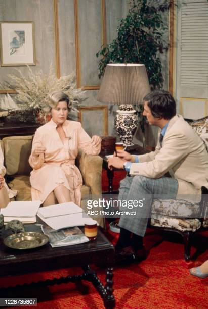 Erma Bombeck being interviewed by David Hartman on the ABC tv series 'Good Morning America'.