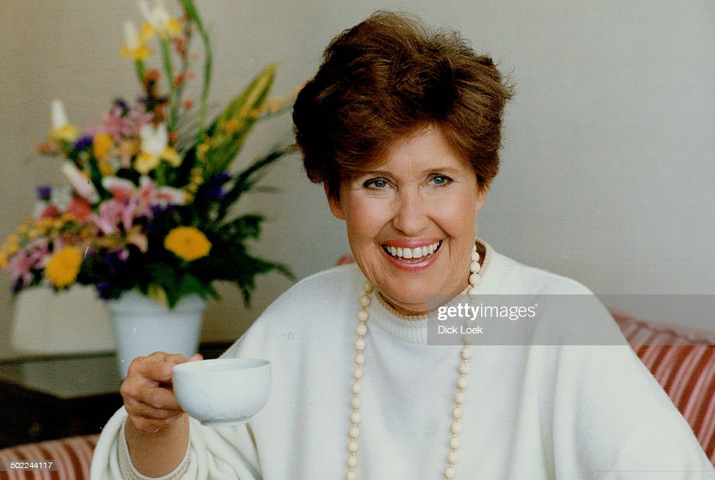 Erma Bombeck: Her latest book is called I Want To Grow Hair, I Want To Grow Up, I Want To Go To Bois : News Photo