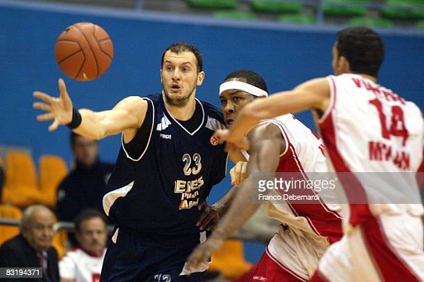Ermal Kuqo of Efes Pilsen Istanbul and Travis Watson of Armani Jeans Milano in action during the Euroleague Basketball game 9 between Armani Jeans...