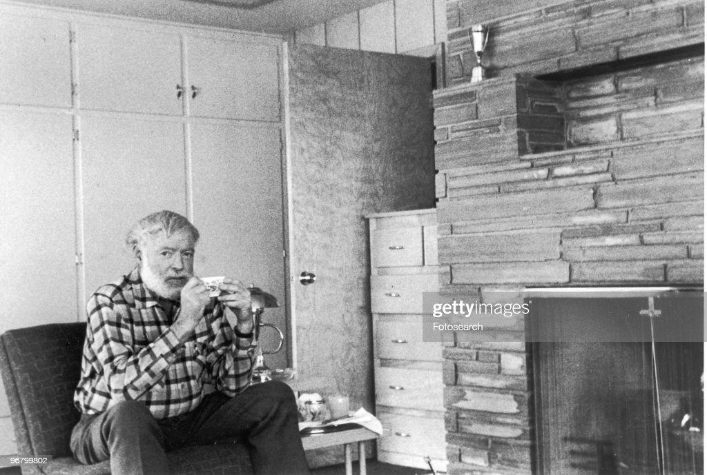 Ernest Hemingway : ニュース写真