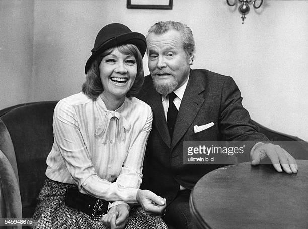 Ernest Schroeder and Liselotte Pulver in the TV play 'Geschichten zu Zweit' by Wolfgang Liebeneiner 1973