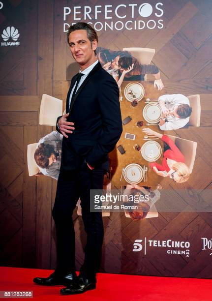 Ernesto Alterio attends 'Perfectos Desconocidos' premiere at the Capitol Cinema on November 28 2017 in Madrid Spain