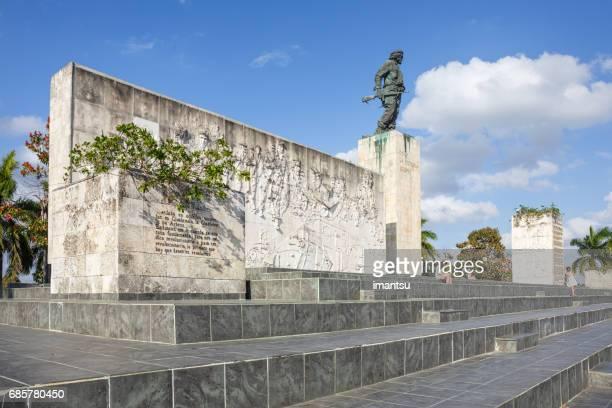 エルネスト ・ チェ ・ ゲバラ記念 - キューバ サンタクララ ストックフォトと画像