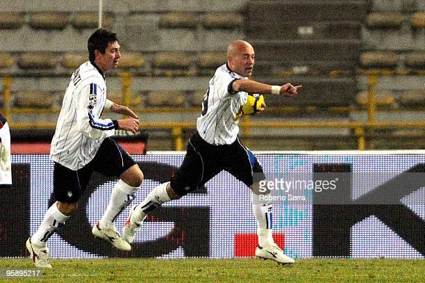Ernesto Javier Chevanton of Atalanta celebrates a goal during the Serie A match between Bologna and Atalanta at Stadio Renato Dall'Ara on January 20...