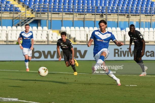 Ernesto Torregrossa of Brescia scores his first goal on penalty during the Serie A match between Brescia Calcio and UC Sampdoria at Stadio Mario...