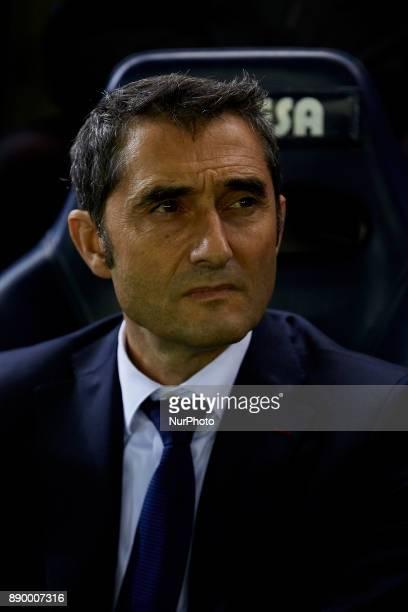 Ernesto Valverde head coach of FC Barcelona looks on prior to the La Liga game between Villarreal CF and FC Barcelona at Estadio de la Ceramica on...