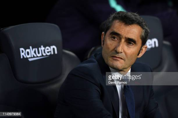 Ernesto Valverde Manager of Barcelona during the La Liga match between FC Barcelona and Real Sociedad at Camp Nou on April 20 2019 in Barcelona Spain