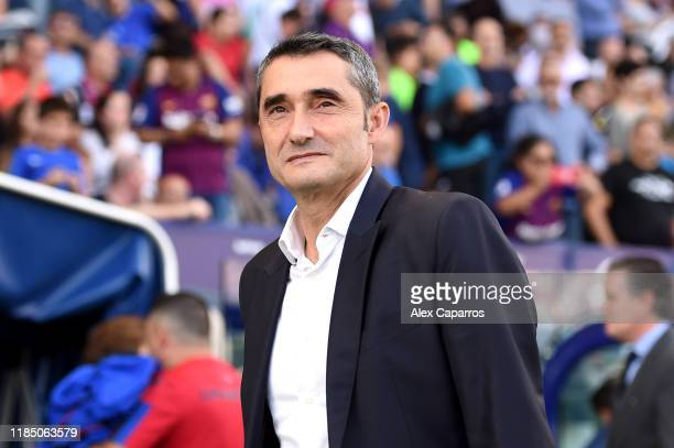 Ernesto Valverde manager of Barcelona looks on during the Liga match between Levante UD and FC Barcelona at Ciutat de Valencia on November 02, 2019...