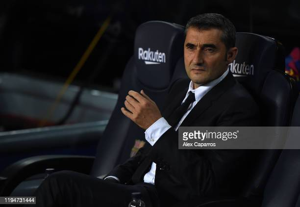 Ernesto Valverde, Manager of Barcelona looks on during the Liga match between FC Barcelona and Real Madrid CF at Camp Nou on December 18, 2019 in...