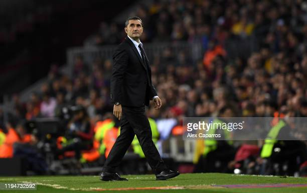Ernesto Valverde Manager of Barcelona looks on during the Liga match between FC Barcelona and Real Madrid CF at Camp Nou on December 18 2019 in...