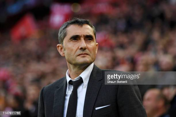 Ernesto Valverde, Manager of Barcelona looks on prior to the UEFA Champions League Semi Final second leg match between Liverpool and Barcelona at...