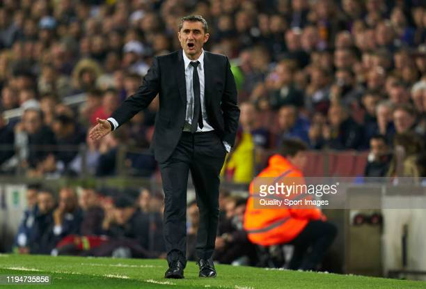Ernesto Valverde, Manager of Barcelona reacts during the Liga match between FC Barcelona and Real Madrid CF at Camp Nou on December 18, 2019 in...
