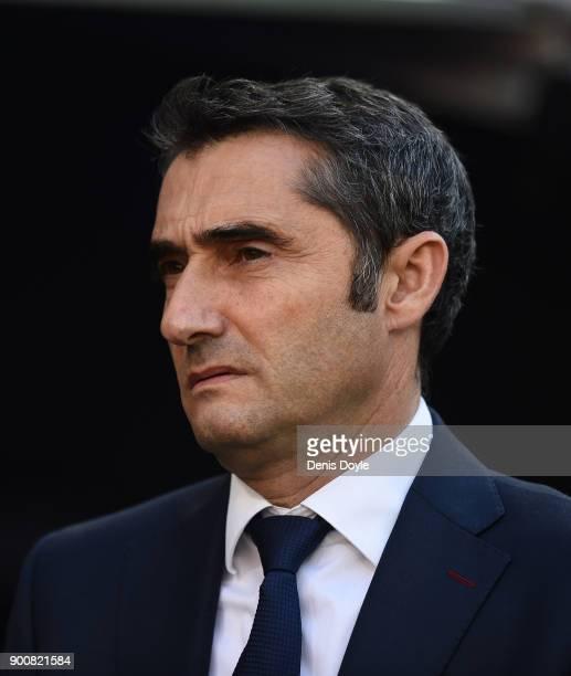 Ernesto Valverde Manager of FC Barcelona looks on during the La Liga match between Real Madrid and Barcelona at Estadio Santiago Bernabeu on December...