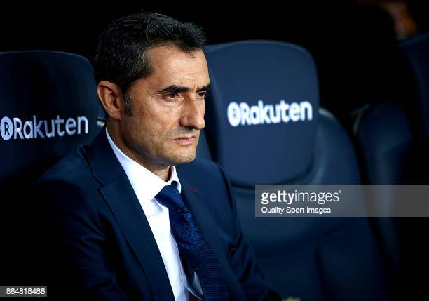 Ernesto Valverde Manager of FC Barcelona looks on prior the La Liga match between Barcelona and Malaga at Camp Nou on October 21 2017 in Barcelona...