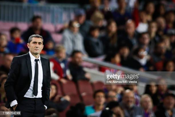 Ernesto Valverde of FC Barcelona follows the game during the Liga match between FC Barcelona and Deportivo Alaves at Camp Nou on December 21, 2019 in...