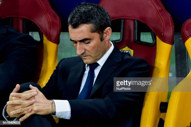 Ernesto Valverde of FC Barcelona looks dejected during the UEFA Champions League Quarter Final match between Roma and FC Barcelona at Stadio Olimpico...