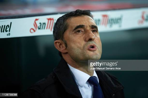 Ernesto Valverde of FC Barcelona looks on during the La Liga match between Athletic Club and FC Barcelona at San Mames Stadium on February 10 2019 in...