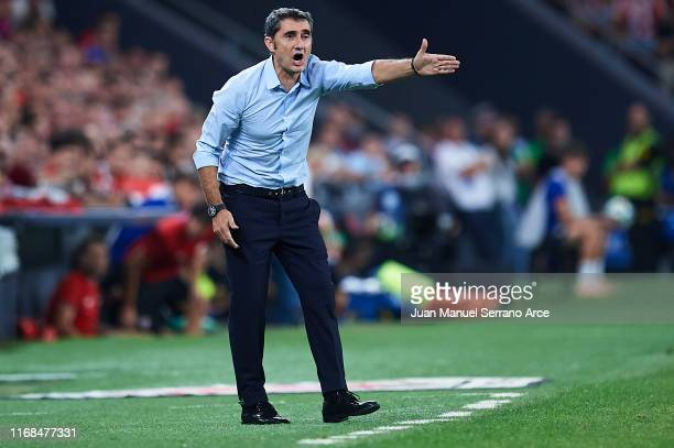 Ernesto Valverde of FC Barcelona reacts during the Liga match between Athletic Club and FC Barcelona at San Mames Stadium on August 16, 2019 in...