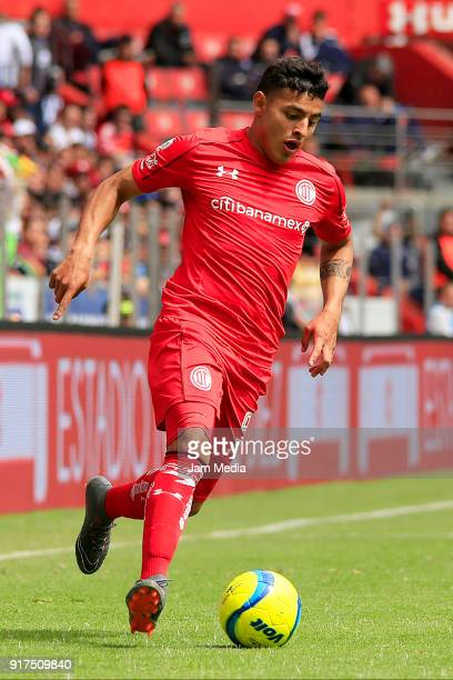 Ernesto Vega of Toluca drives the ball during the 6th round match between Toluca and Monterrey as part of the Torneo Clausura 2018 Liga MX at Nemesio...