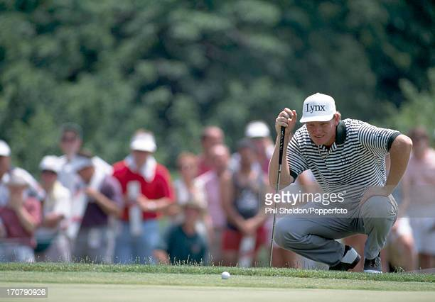 Ernie Els of South Africa lines up a putt during the playoff at the US Open Golf Championship held at the Oakmont Golf Club in Pennsylvania on 21st...