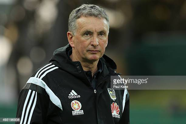 Ernie Merrick coach of the Phoenix looks on during the round two ALeague match between the Perth Glory and Wellington Phoenix at nib Stadium on...