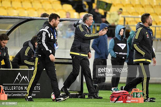 Ernie Merrick coach of the Wellington Phoenix during the round one ALeague match between the Wellington Phoenix and Melbourne City at Westpac Stadium...