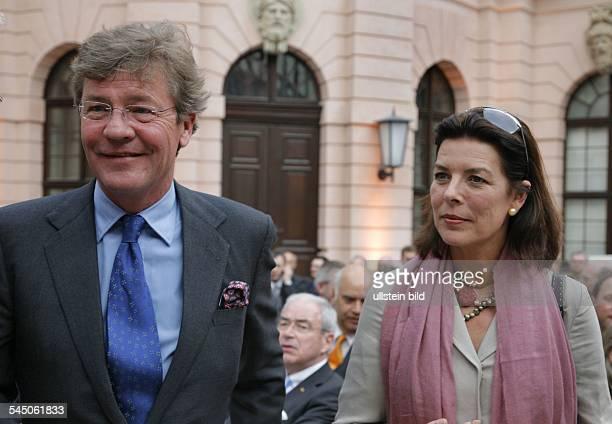 Ernst August Prinz von Hannover und seine Ehefrau Caroline Prinzessin von Monaco zu Gast bei der Uebergabe des Praesidentenamtes beim Deutschen...