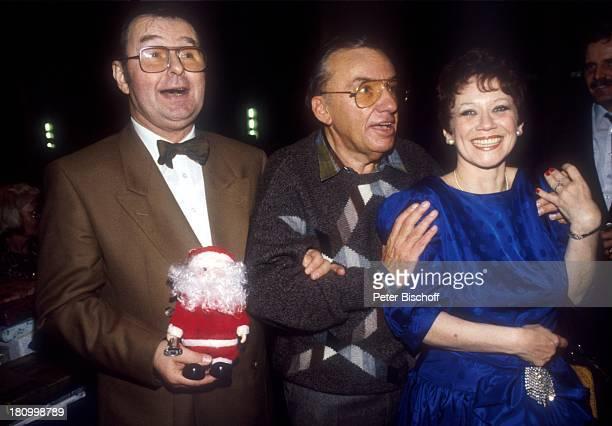 Ernst H Hilbich Heinz Schenk Lotti Krekel ARDShow Der Blaue Bock Puppe Weihnachtsmann Proben Promis Prominente Prominenter Advent Schauspielerin...