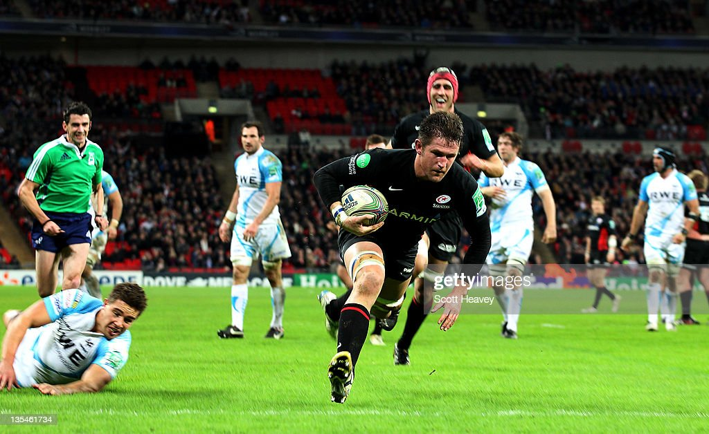 Ernst Joubert of Saracens breaks throught to score a try during the Heineken Cup Match between Saracens and Ospreys at Wembley Stadium on December 10, 2011 in London, England.