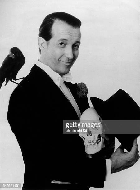 Ernst Stankovski*Actor Austriaposing with a skull and a raven 1973
