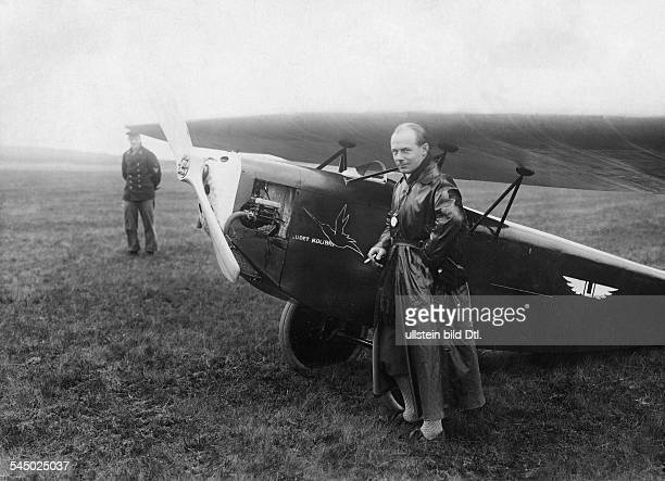 Ernst Udet officer aviator Germany in front of his plane Udet Kolibri 1924